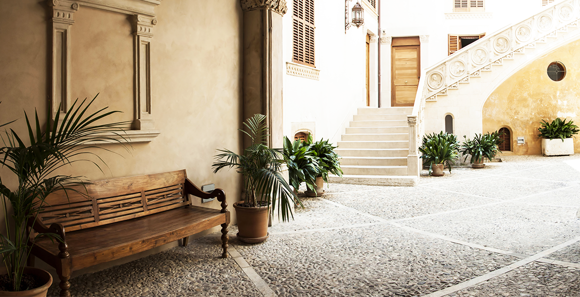 Discovering Palma's Courtyards Route